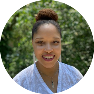 Image of Julita, a black therapist in New York City. Working with a depression therapist or psychiatric nurse practitioner in New York City can help your mental health.   10018   11103